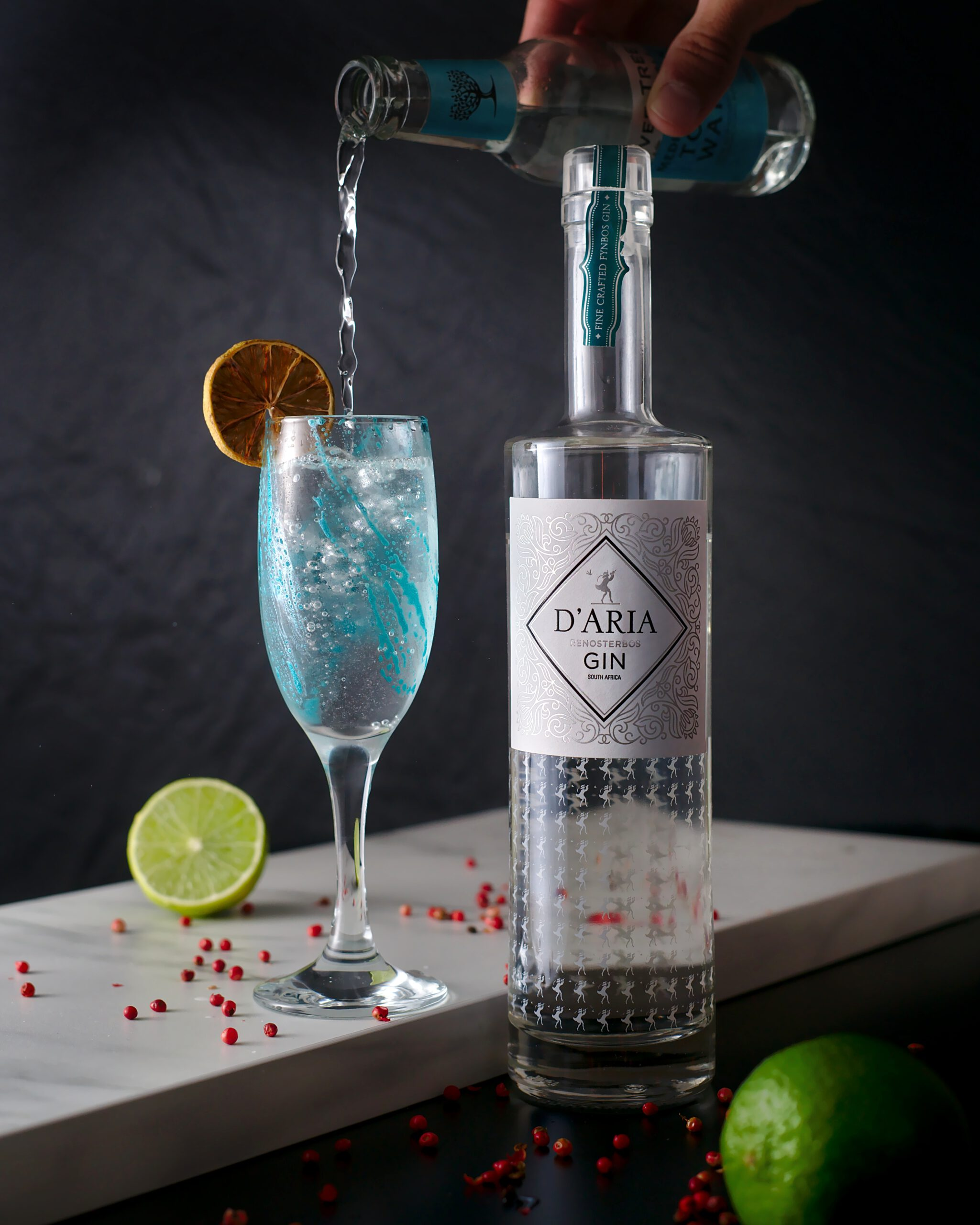 D'Aria Renosterbos Gin & Fever-Tree Med. Tonic